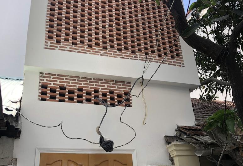 Supertramp's House, Ho Chi Minh-Stad, Voorkant van de accommodatie