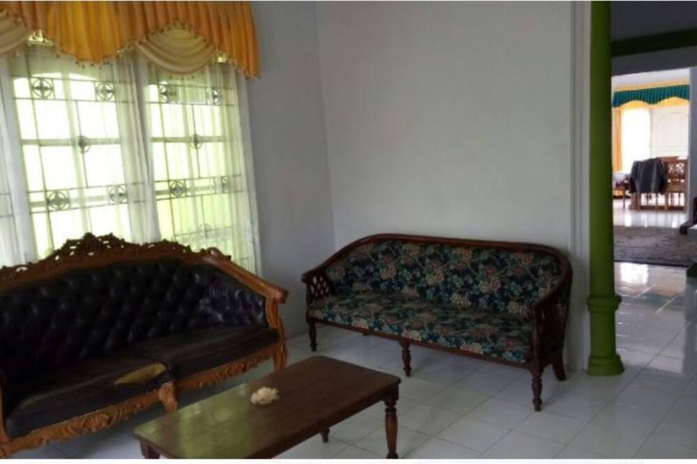 Biệt thự Deluxe - Phòng khách