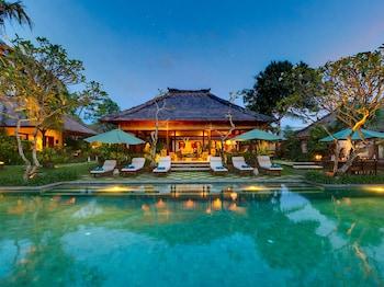 科洛布坎Villa Surya Damai的相片