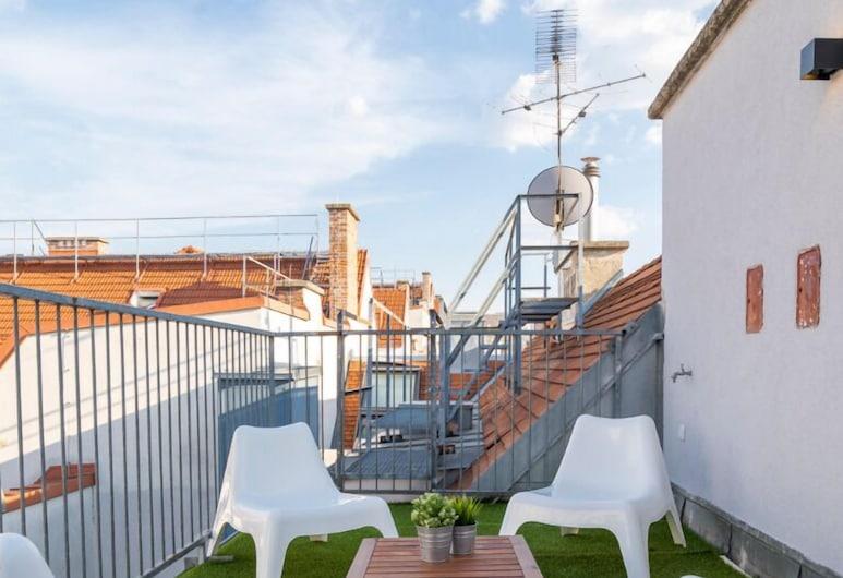 Stuckgasse Apartments, Viena, Bright and Modern Penthouse/w. terrace, Varanda
