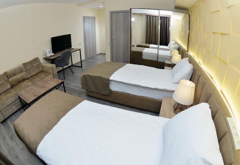 MANDARIN Hotel, Yerevan, Superior Double or Twin Room, Guest Room