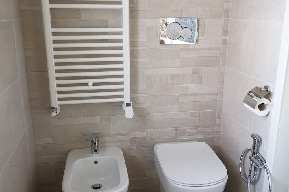 Deluxe Double or Twin Room (Gianduiotto) - Bathroom