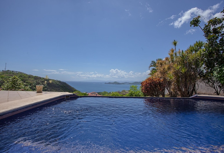 Casa OM, Playa Hermosa, Vista al agua