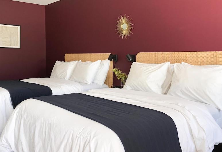 The Nomad Motel, International Falls, Signature Studio Suite, Guest Room