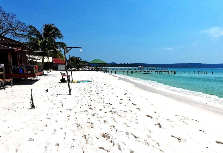 Beyond Beach Resort, Koh Rong, Playa