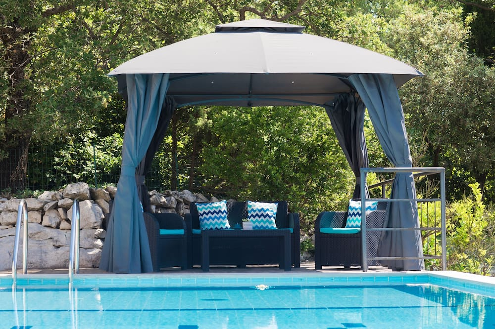 Villa (Three-Bedroom Holiday Home) - Pool