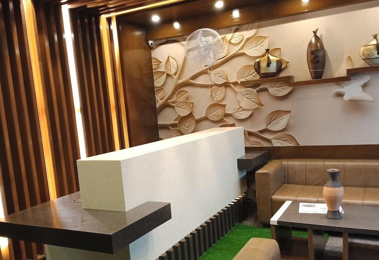 Olivia Inn And Suites, 邦加羅爾, 櫃台