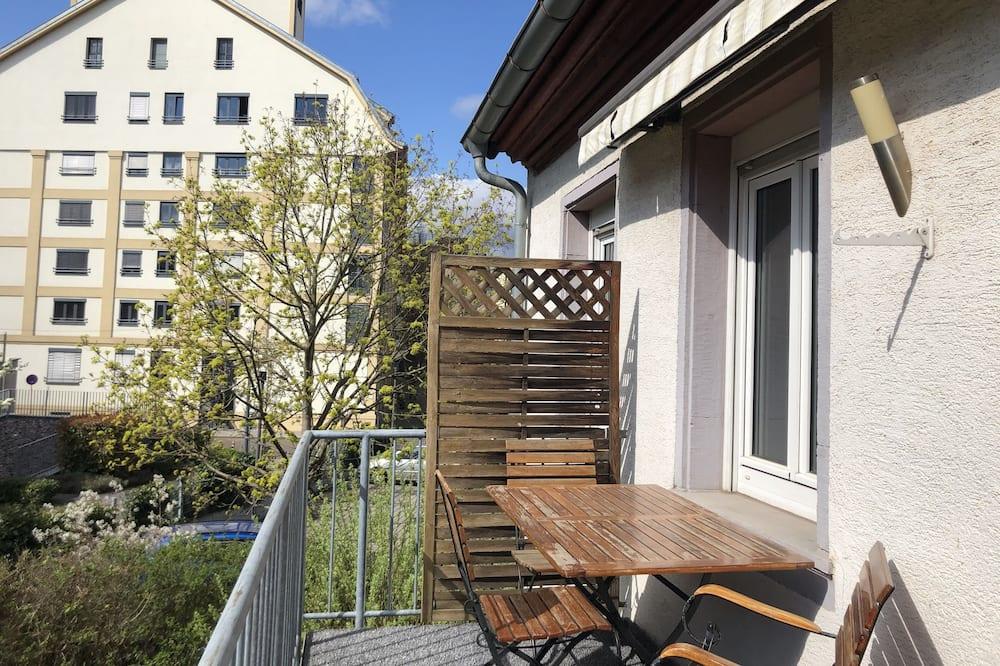 Departamento superior, 2 habitaciones, balcón - Balcón