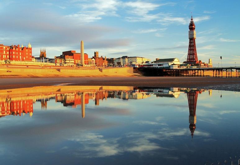Rock Salt Studios, Blackpool, Beach