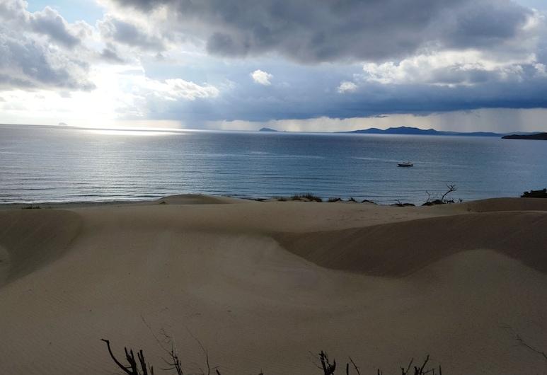 Ikebana Villa Porto Pino Beach !!, Sant'Anna Arresi, Beach