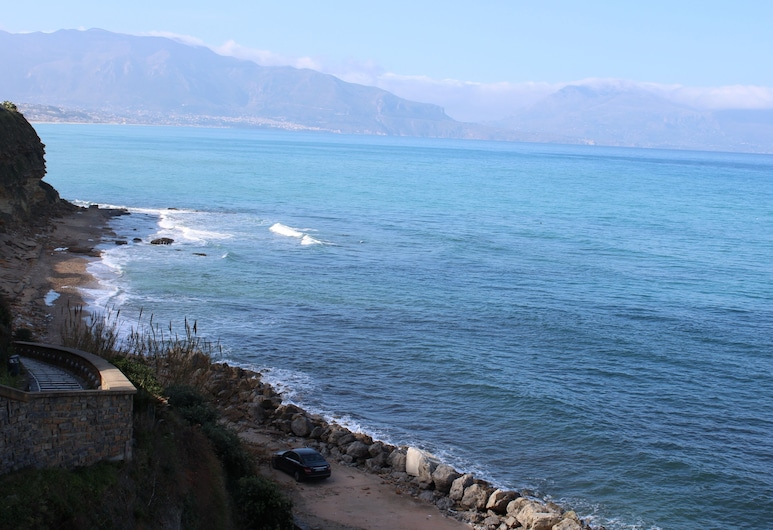Apartment Near the Beach in Balestrate, Balestrate, Spiaggia