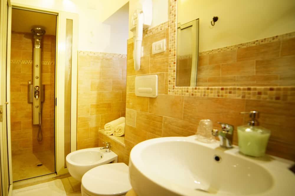 Classic Double Room - Bilik mandi