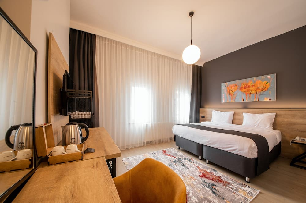 Superior Double Room, Corner - Guest Room