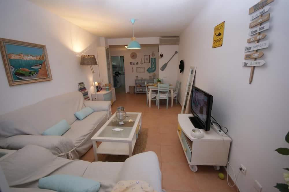 شقة - ٣ غرف نوم - بمنظر للمسبح - غرفة معيشة