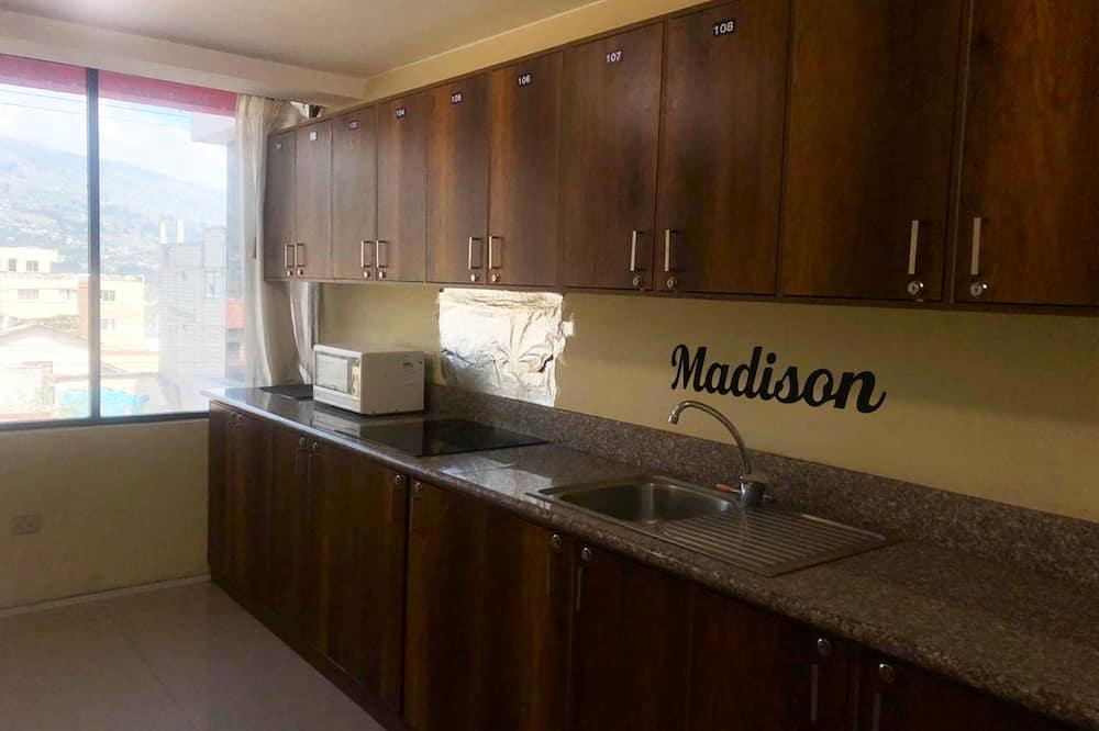Executive - yhden hengen huone - Jaettu keittiö