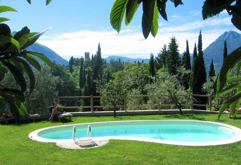 Varenna Villa, Sleeps 14 With Pool and Wifi, Varenna, Pool