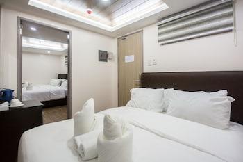 Picture of Emerald Island Hotel in Boracay Island