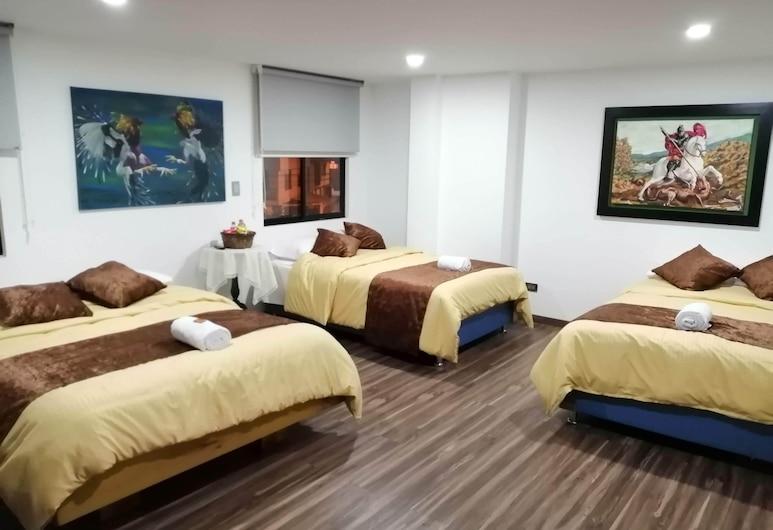 Hotel Basan Plaza, 帕斯托, 家庭三人房, 客房
