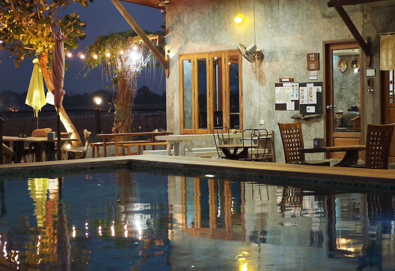 Nawiengkae Riverview Resort, Mukdahan, Basen odkryty
