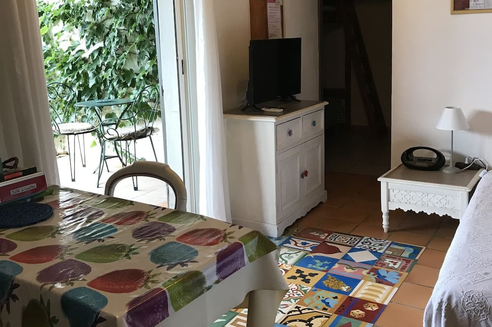 Cottage (Le couchant) - Restauration dans la chambre