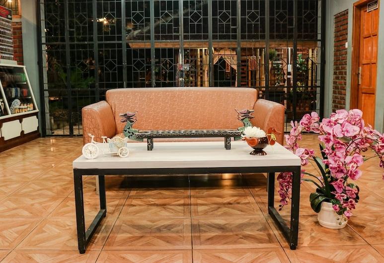 OYO 2868 Mustika Villa, Garut, Lounge Hotel