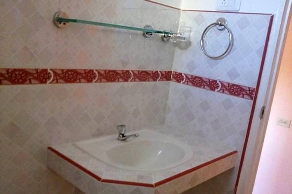 Exclusive Double Room - Bathroom