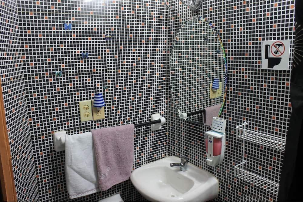 Třílůžkový pokoj typu Grand - Koupelna