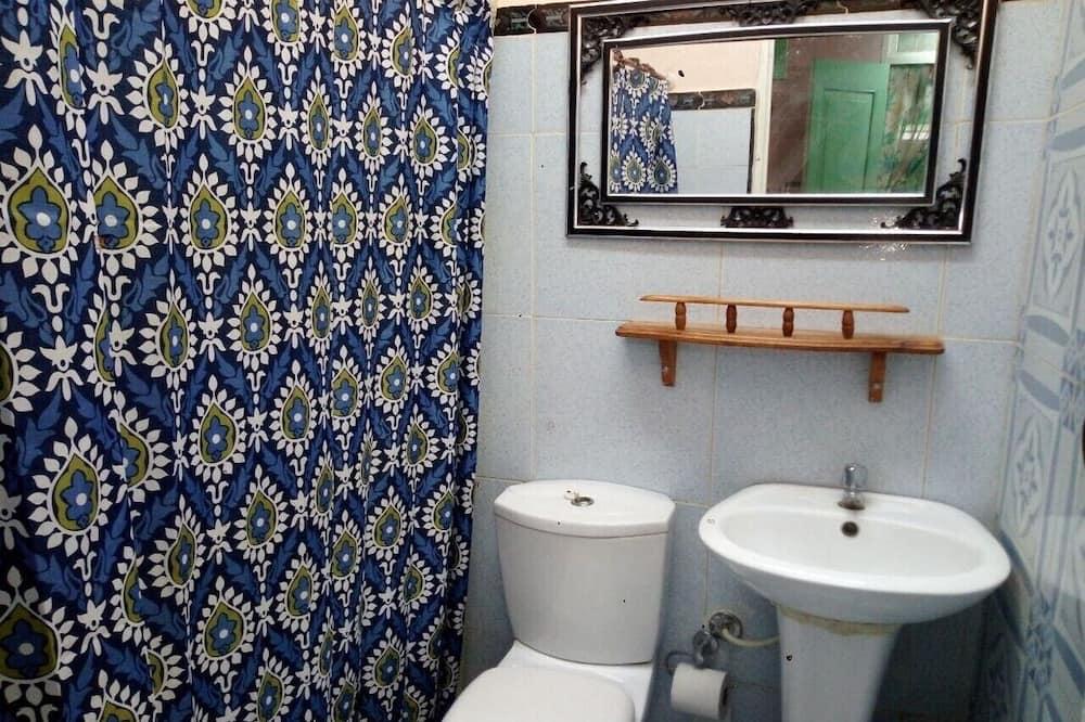 Elite-Dreibettzimmer - Badezimmer