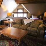 Room, Multiple Beds - Living Room