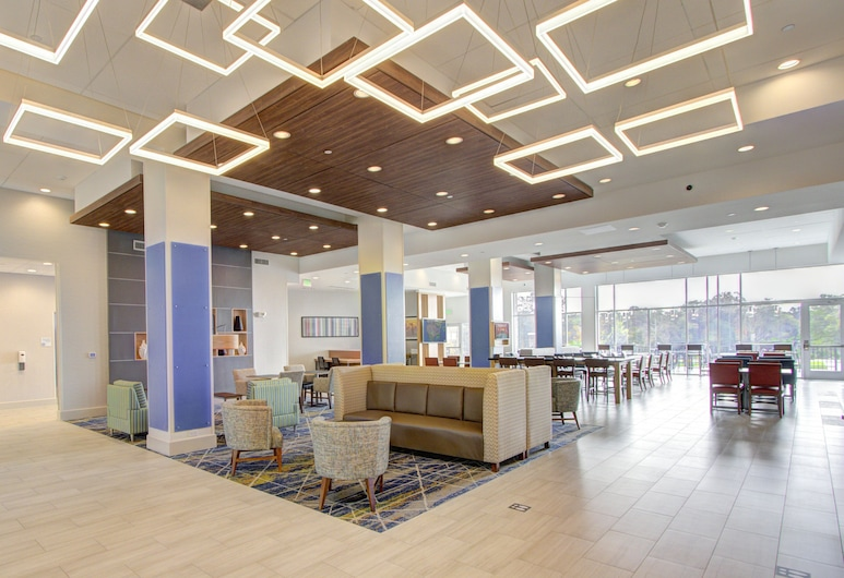 Holiday Inn Express And Suites Charlotte Southwest, an IHG Hotel, Charlotte, Lobby