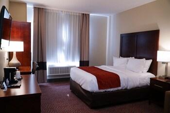 Bild vom Lotus BLU Inn & Suites in Long Island City