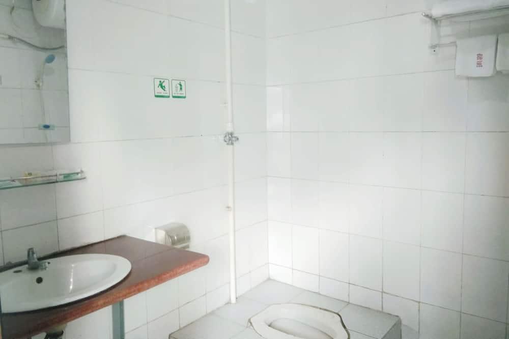Общее спальное помещение, только для мужчин, для некурящих - Ванная комната