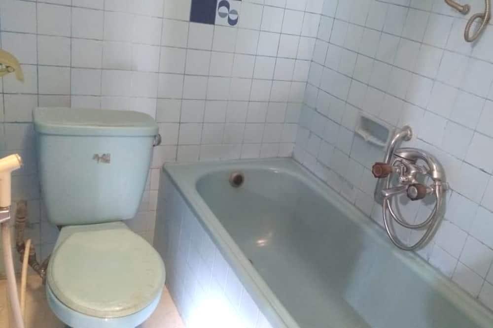 Gazdaságos szoba kétszemélyes ággyal - Fürdőszoba