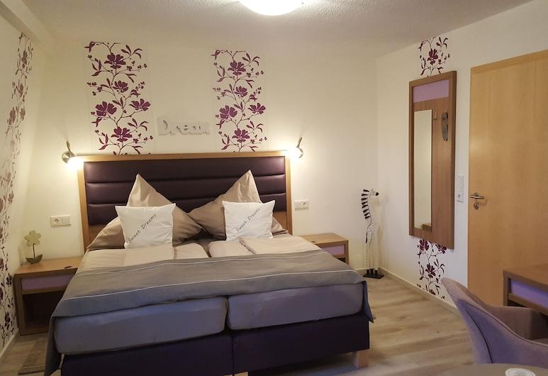 Hotel Haus Meeresblick, Хайлигенхафен, Двухместный номер «Классик» с 1 двуспальной кроватью, Номер