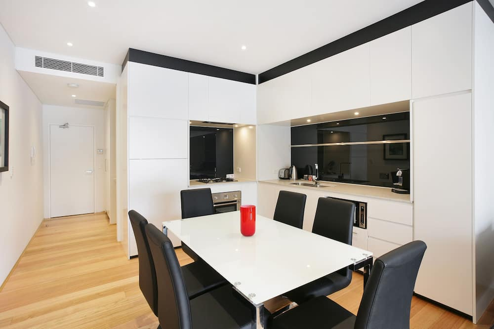 Executive Apartment - In-Room Dining