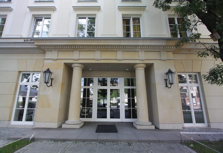 Dom Pomocy Studentom, Warschau