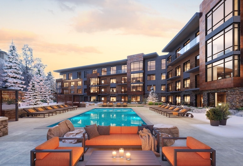 New Listing! Ski-in/ski-out W/ Hot Tubs 2 Bedroom Condo, Park City, Apartment, 3Schlafzimmer, Pool