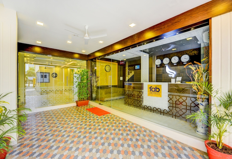 FabHotel Sky Bay, Chennai, Rezeption