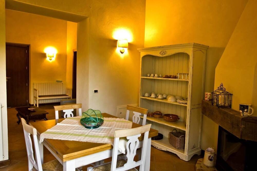 Double Room (La Fattoria) - Living Area