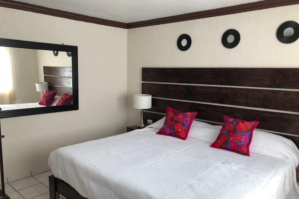 Klasikinio tipo kambarys (6) - Svečių kambarys