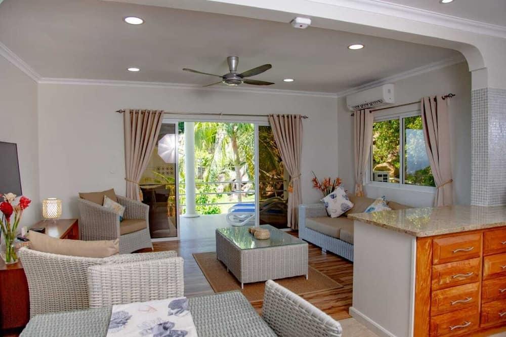 Deluxe külaliskorter, 2 magamistoaga, terrass, osaline ookeanivaade - Lõõgastumisala