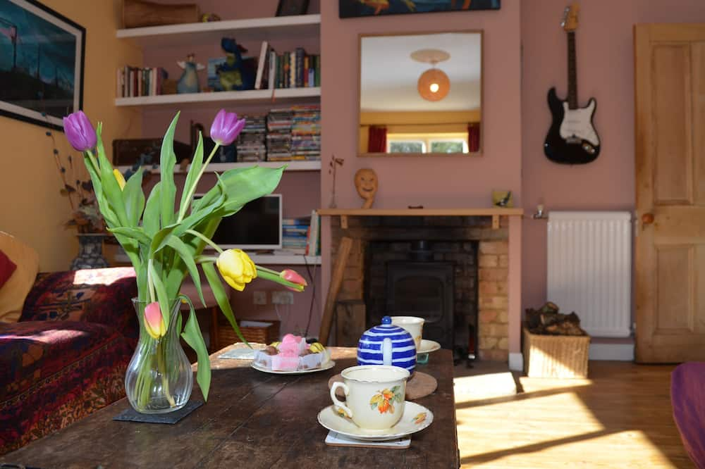 Cottage - Guest Room