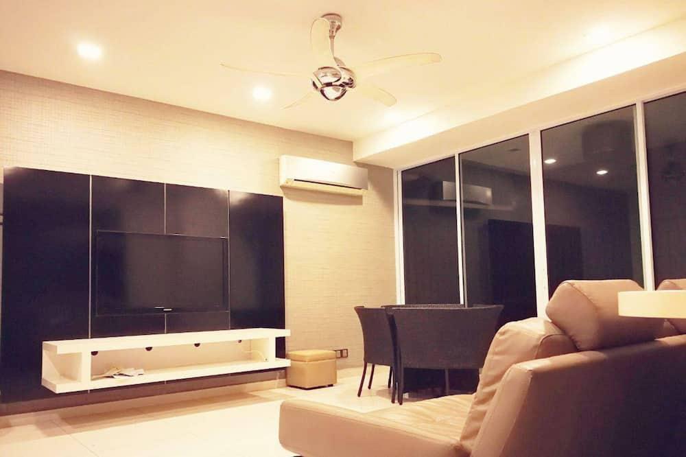 Apartmán, 3 spálne - Obývačka