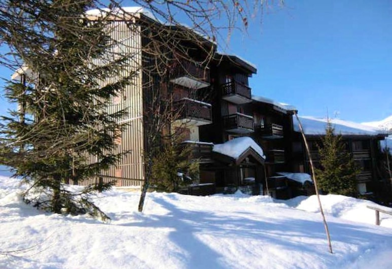 Apartment With 2 Bedrooms in La Plagne, With Wonderful Mountain View and Furnished Terrace, Aime, Udendørsareal