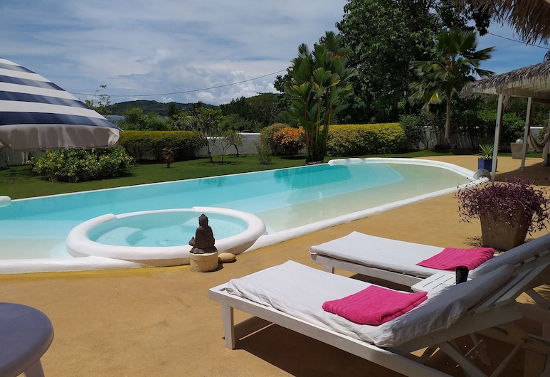 Villa Tonga Soa, Nosy Be, Außenpool