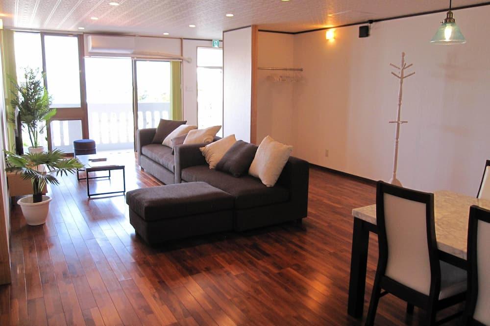 חדר דה-לוקס, 2 חדרי שינה, ללא עישון, נוף חלקי לאוקינוס (202) - אזור מגורים