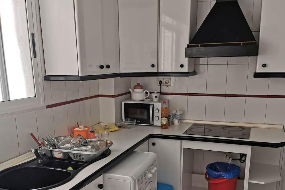 Room (IVACTIVE) - Shared kitchen