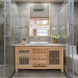 Exclusive Twin Room - Bathroom