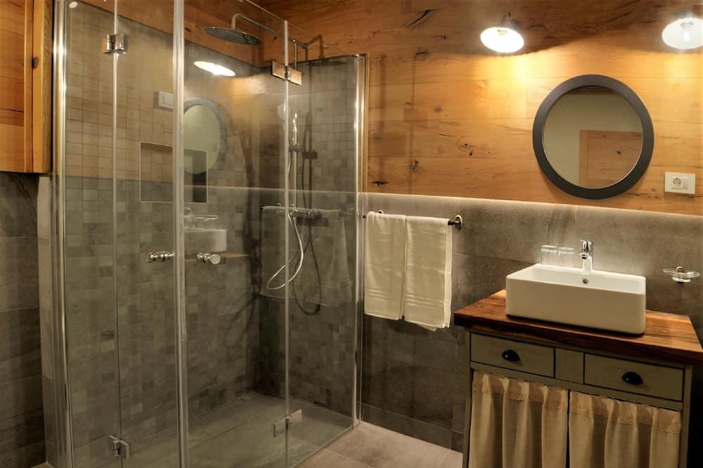 Triple Room (Disability Access) - Bathroom