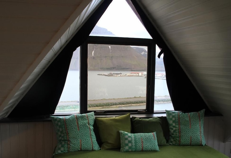 Sólbakki, Flateyri, Villa, 3 Bedrooms, View from room